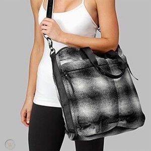 lululemon Fast in Flight Wool Tote